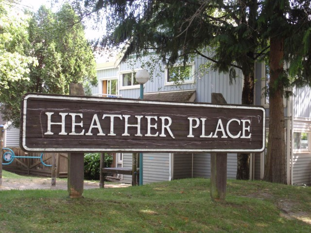 Heather Place at 14th and Willow (playground)