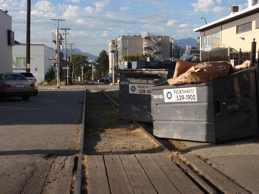 4th Avenue bins