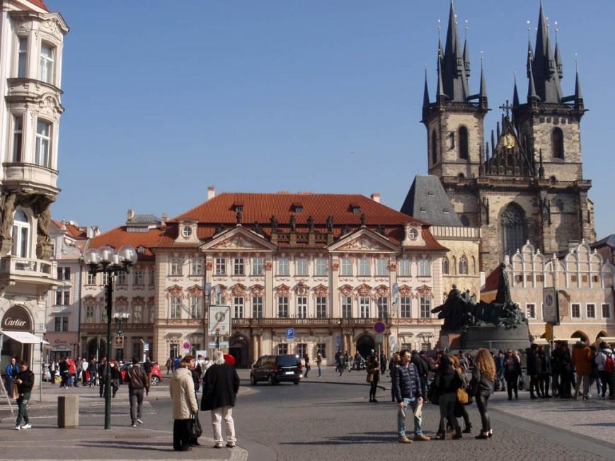 Old Town Square ( Staromestske namesti )