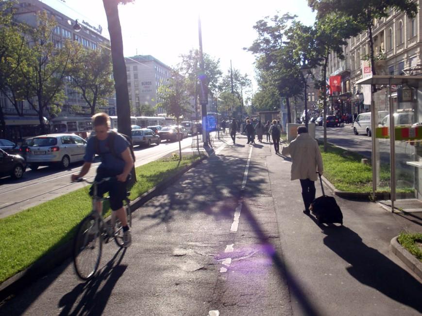 Vienna bike pathway