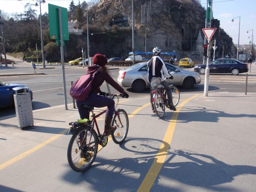 Budapest cyclists